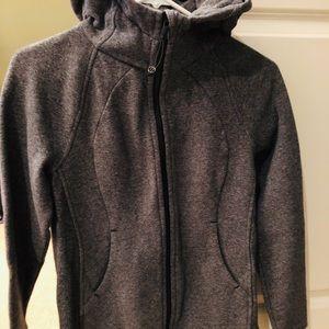 Lululemon Sweatshirt with hood